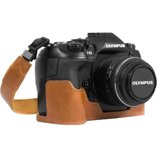 MegaGear Ever Ready PU Leather Half Case and Strap for Olympus OM-D E-M1 Mark II (Light Brown)