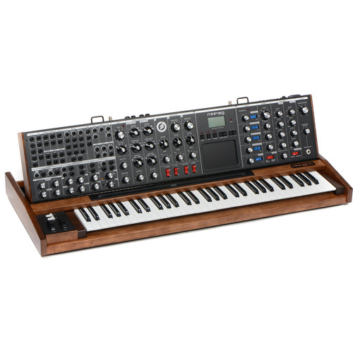 Moog Minimoog Voyager XL Monophonic Synthesizer (Maple)