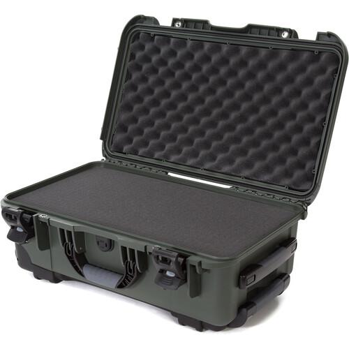 Nanuk 935 Wheeled Hard Utility Case with Foam Insert (Olive)