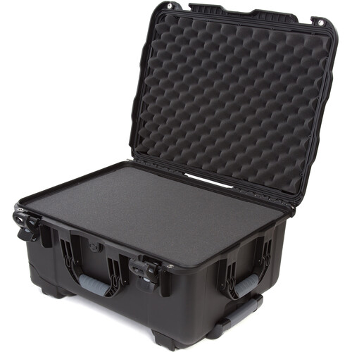 Nanuk 950 Protective Rolling Case with Foam Inserts (Black)