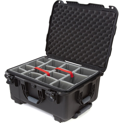Nanuk 950 Protective Rolling Case with Foam Dividers (Black)