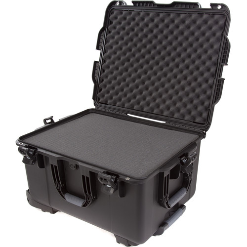 Nanuk 960 Protective Rolling Case with Foam Inserts (Black)