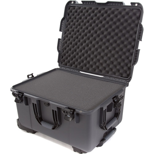 Nanuk 960 Protective Rolling Case with Foam Inserts (Graphite)