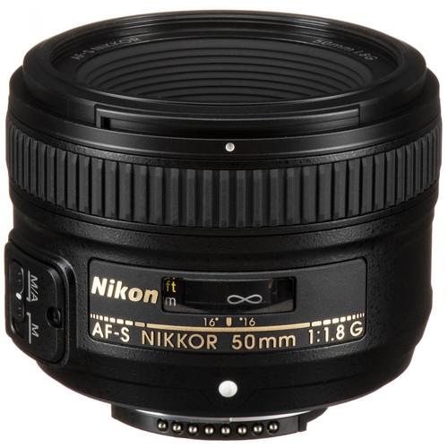 Nikon AF-S NIKKOR 50mm f/1.8G Lens with Accessory Kit