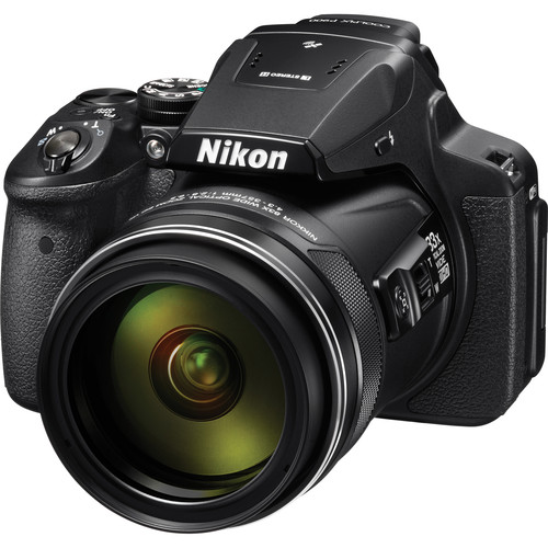 Nikon COOLPIX P900 Digital Camera Deluxe Kit (Refurbished)