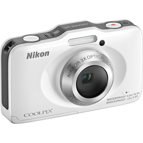 Nikon COOLPIX S31 Digital Camera (White)