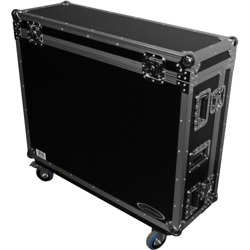 Odyssey Innovative Designs Flight Zone Behringer X32 Case with Doghouse Cable Cover/Wheels