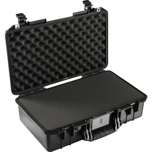 Pelican 1525AirTP Carry-On Case (Black, with Pick-N-Pluck Foam)