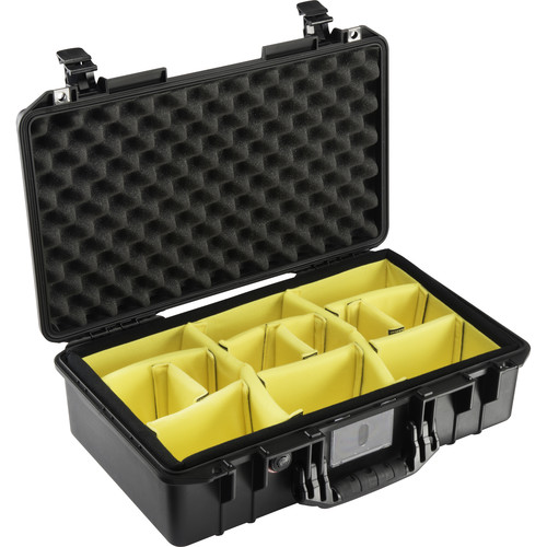 Pelican 1525 AirWD Carry-On Case with Dividers (Black)