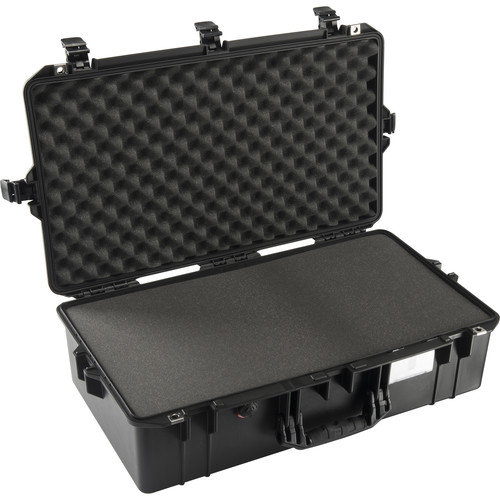Pelican 1605Air Carry-On Case (Black, with Pick-N-Pluck Foam)