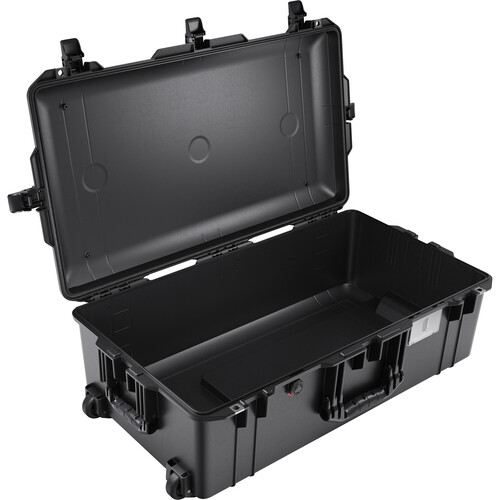 Pelican 1615AirNF Wheeled Hard Case with Liner, No Insert (Black)