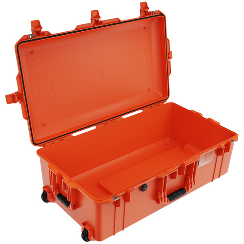 Pelican 1615AirNF Wheeled Hard Case with Liner, No Insert (Orange)