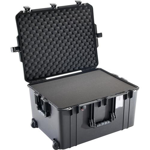 Pelican 1637 Air Case (Black, Pick N' Pluck Foam)