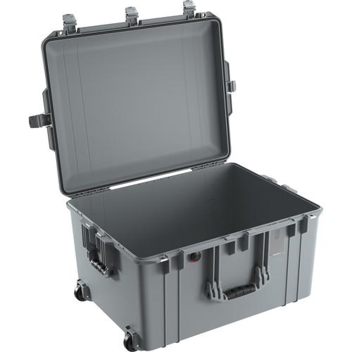 Pelican 1637 Air Case (Silver)