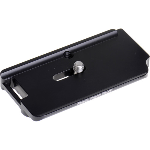 Really Right Stuff Base Plate for Nikon D7000 Camera