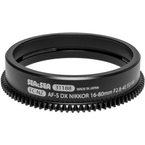 Sea & Sea Zoom Gear for Nikon AF-S DX NIKKOR 16-80mm f/2.8-4E ED VR Lens in Port on MDX Housing