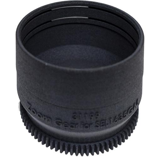 Sea & Sea Zoom Gear for Sony FE 16-35mm f/2.8 GM Lens in Port on MDX Housing