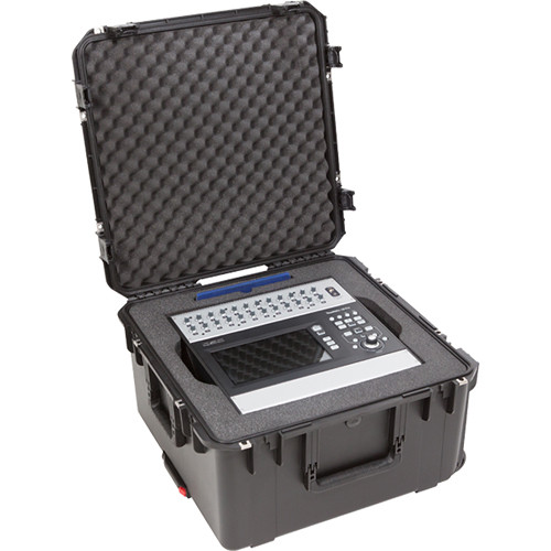 SKB iSeries QSC TouchMix-30 Pro - Waterproof Mixer Case