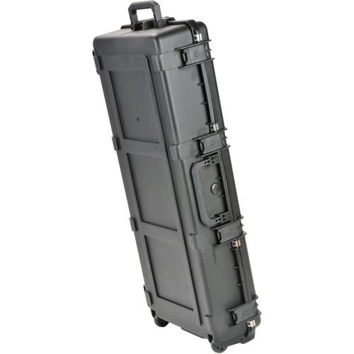 SKB iSeries Waterproof Classical/Thinline Guitar Case with Wheels (Black)