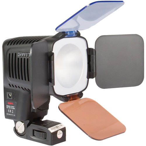 SWIT S-2041P Chip-Array LED On-Camera Light with Panasonic CGA-D54/D28 Battery Plate