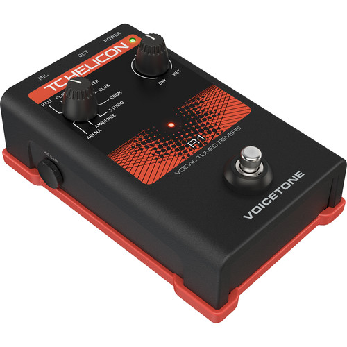 TC-Helicon VOICETONE R1 Stompbox for Vocal Reverb on Stage