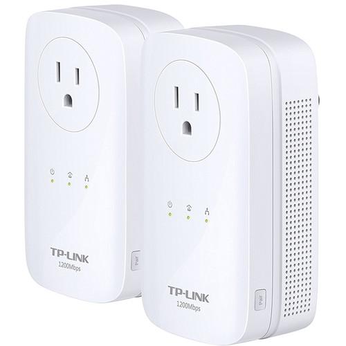 TP-Link TL-PA8030P KIT HomePlug-AV1200 3-Port Gigabit Passthrough Powerline Starter Kit