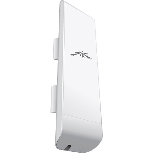 Ubiquiti Networks NSM365 Nanostation Indoor/Outdoor airMAX CPE Router