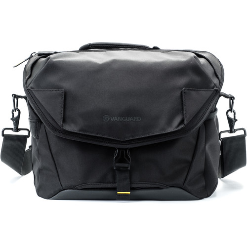 Vanguard ALTA ACCESS 33X Shoulder Bag (Black)