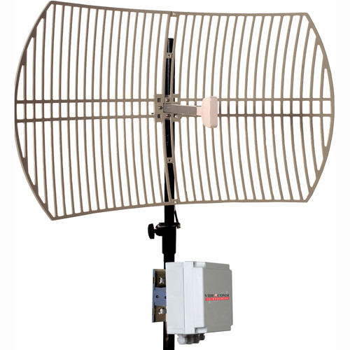 VideoComm Technologies RXO-5808Q9 5.8 GHz FM Live All-Weather 8-Channel Receiver with External 29dB Parabolic Grid