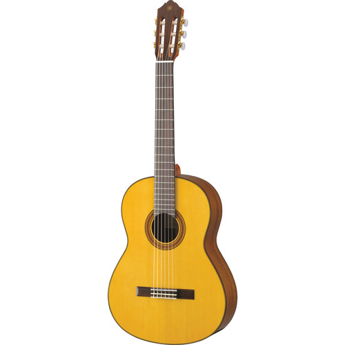 Yamaha CG162S Nylon-String Classical Guitar (Solid Spruce Top)