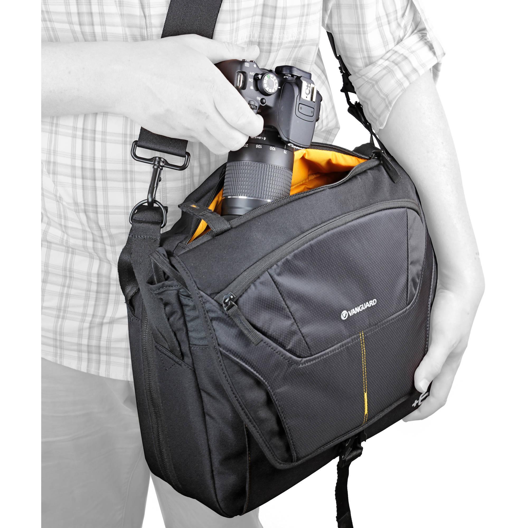 Small Vanguard Alta Rise 28 Expanding Messenger Bag for Camera