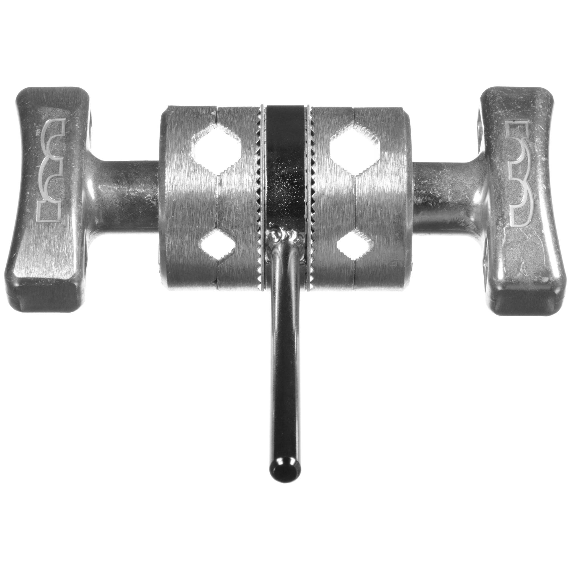 Two Sets of Grip Head Plates on One Shaft Matthews Gag