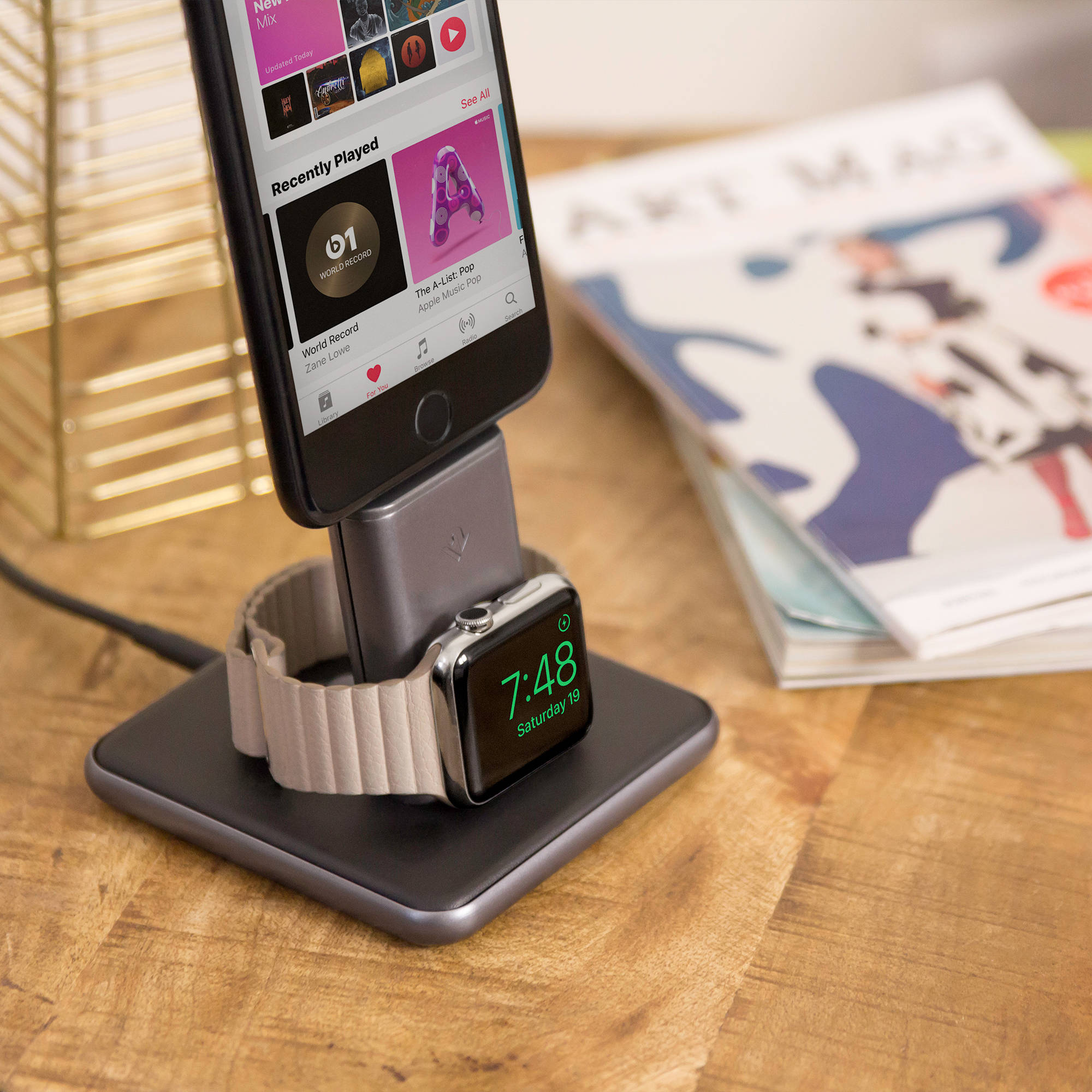 Twelve South HiRise Duet Charging Stand