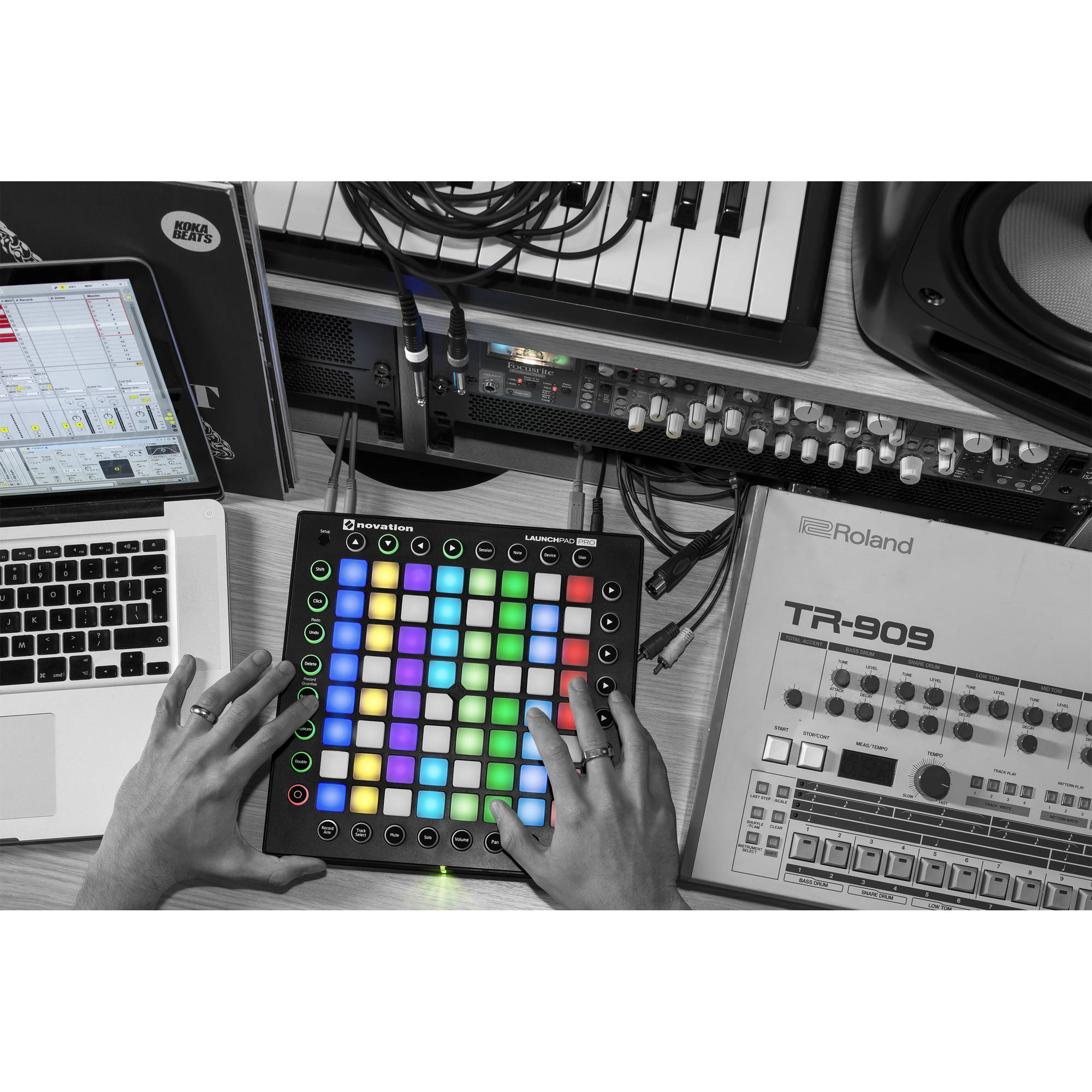 Novation Launchpad Pro MIDI Controller Kit with Ableton Live Suite and  Decksaver Cover